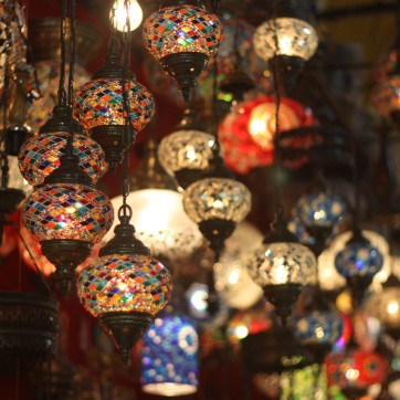 Lights-for-sale-in-Grand-Bazaar-Istanbul