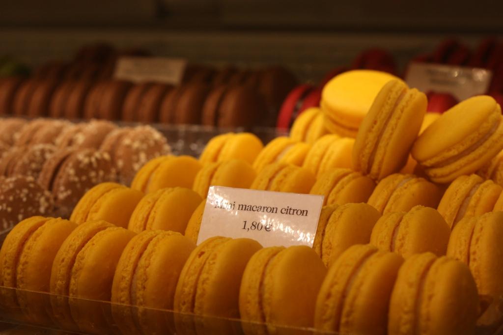 macaron-Angelinas-Paris-France
