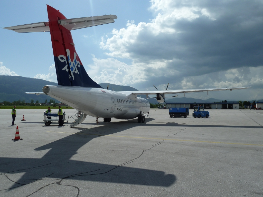 Air-Serbia-propeller-plane