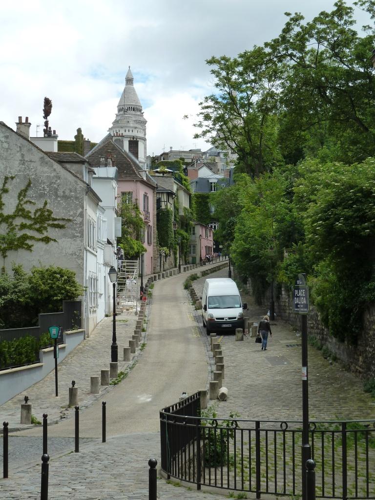 Parisian-street-Montmartre-France