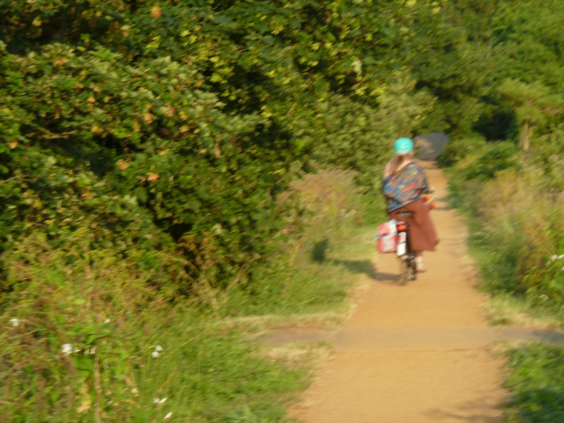 Robyn-cycling-Whitstable-Kent